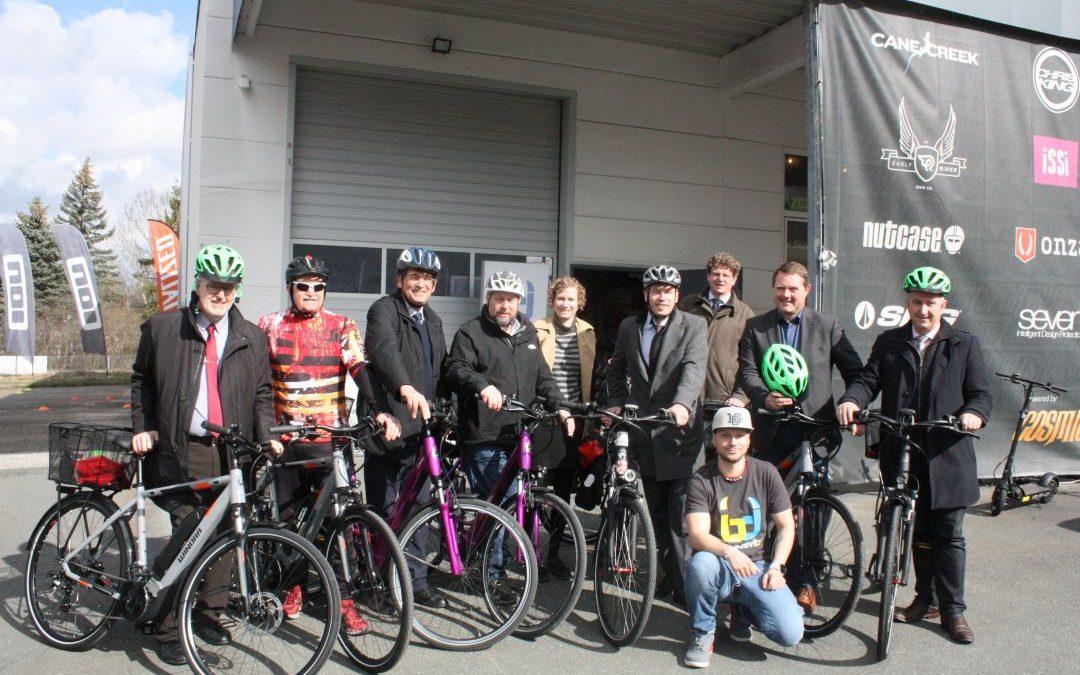 Mobil und fahrradfreundlich: Kommunale Allianz Biberttal-Dillenberg schafft E-Bikes an