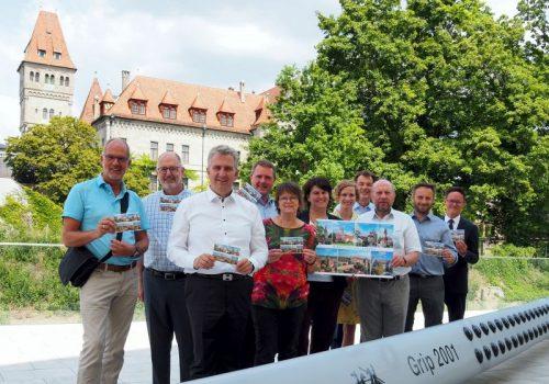 Grüße mit der Post: Kommunale Allianz Biberttal-Dillenberg präsentiert gemeinsame Postkarte
