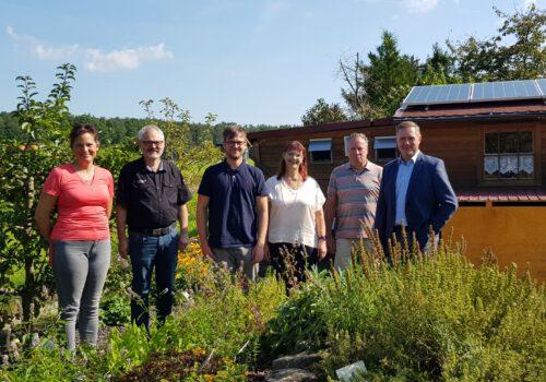 Mittel aus dem Regionalbudget: Vereinsgarten des OGV Deberndorf e.V. an die Herausforderungen des Klimawandels angepasst